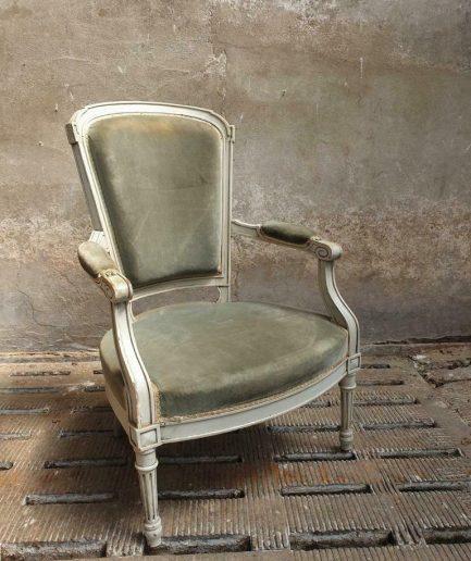 Antieke stoel barok 19e eeuws (1)