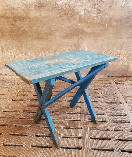 Brocante werktafel blauw bureau of sidetable (1)