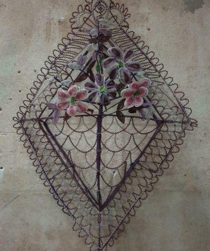 Antieke kralenkrans ornament uit Frankrijk (1)