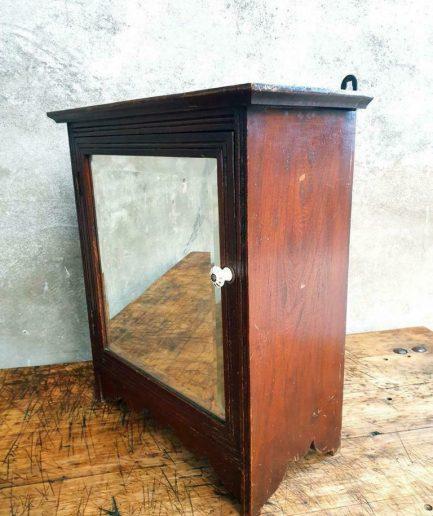 Antiek kastje eiken hangkastje (1)