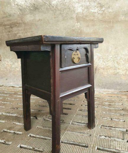 Antieke sidetable Chinees ladekastje (1)
