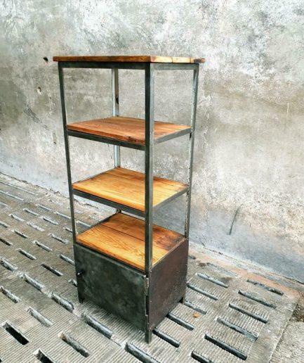 Industriële kast stellingkast badkamermeubel staal met hout (1)