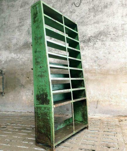 Industriële stellingkast groene schoenenkast of keukenkast (1)
