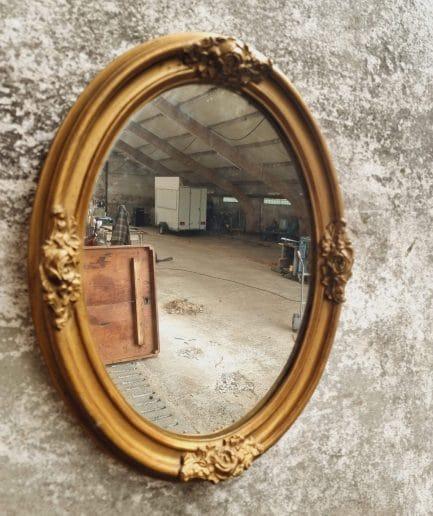Antieke spiegel ovaal goudkleurig France 1900 (1)